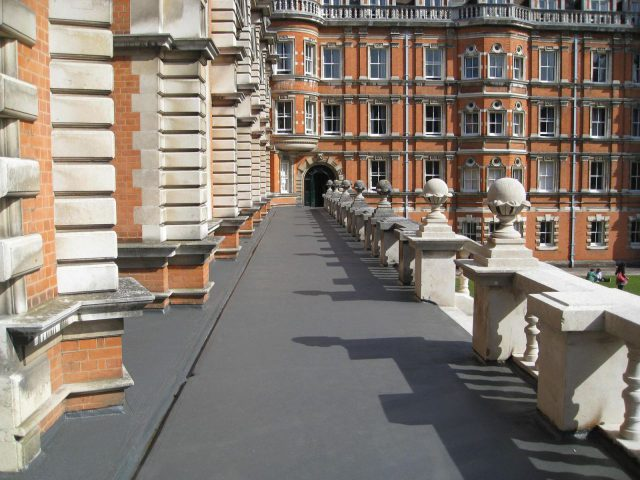 royal-holloway-college_1