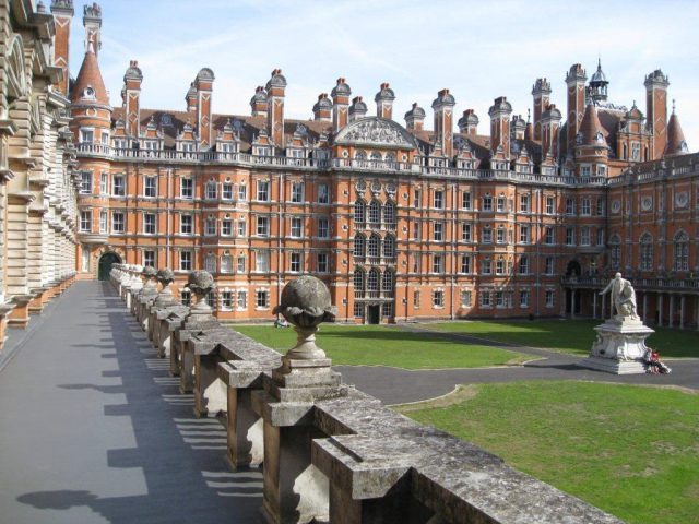 royal-holloway-college_bc